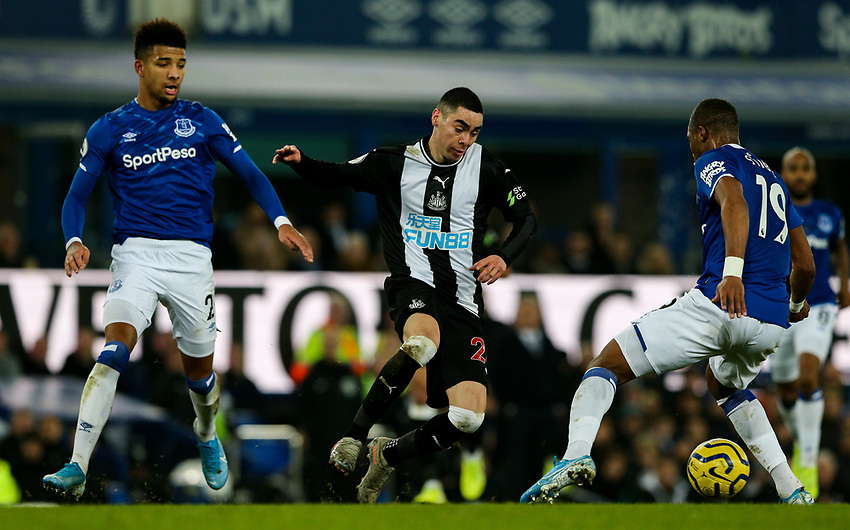 Newcastle United's Miguel Almiron takes on Everton's Djibril Sidibe<br /> <br /> Photographer Alex Dodd/CameraSport<br /> <br /> The Premier League - Everton v Newcastle United  - Tuesday 21st January 2020 - Goodison Park - Liverpool<br /> <br /> World Copyright © 2020 CameraSport. All rights reserved. 43 Linden Ave. Countesthorpe. Leicester. England. LE8 5PG - Tel: +44 (0) 116 277 4147 - admin@camerasport.com - www.camerasport.com