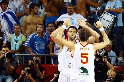 Sep 04, 2010; Istanbul, TURKEY; Defending champions Spain broke open a close game in the fourth quarter and continued their mastery over Greece by winning their Eight-Final showdown at the FIBA World Championship on Saturday. Spain's Rudy Fernandez (F) celebrates with Felipe REYES (B).