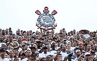 SAO PAULO, SP, 03 MARCO 2013 - PAULISTAO - SAN X COR - Torcida do Corithians durante a partida entre Santos e Corinthians, válida pelo Campeonato Paulista 2013, no Estádio do Morumbi em São Paulo (SP), neste domingo (3).FOTO: VANESSA CARVALHO - BRAZIL PHOTO PRESS
