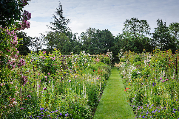 Helmingham Hall Gardens (20th June 2014)