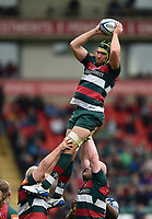 Graham Kitchener of Leicester Tigers wins the ball at a lineout. Gallagher Premiership match, between Leicester Tigers and Bath Rugby on May 18, 2019 at Welford Road in Leicester, England. Photo by: Patrick Khachfe / Onside Images