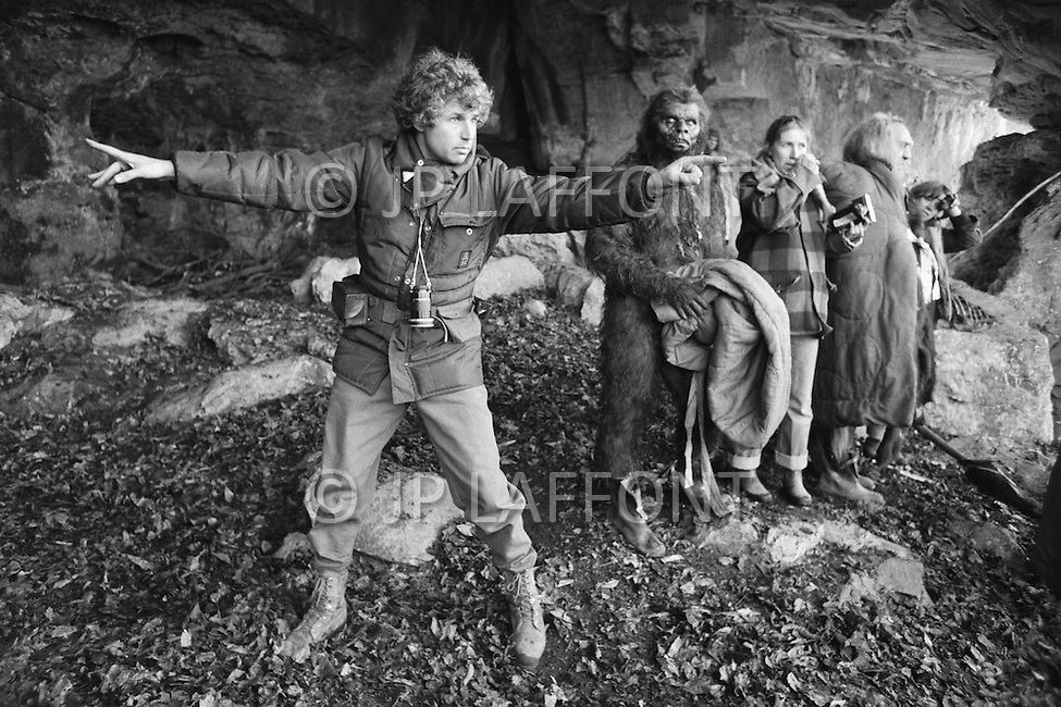 "March 1981, Scotland, UK. French director Jean-Jacques Annaud, on the set of ""Quest for Fire"" (La guerre du feu), based on the novel of JH Rosny. Image by © JP Laffont"