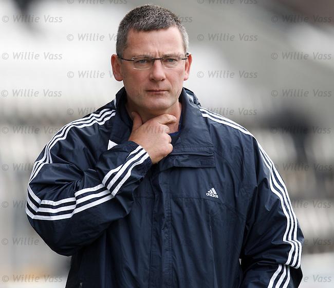 Scotland manager Craig Levein at training