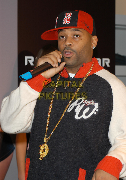 DAMON DASH.CEO of ROC-A-WEAR clothing photocall at Selfridges, Oxford Street, London.10 December 2003.sales@capitalpictures.com.www.capitalpictures.com.©Capital Pictures