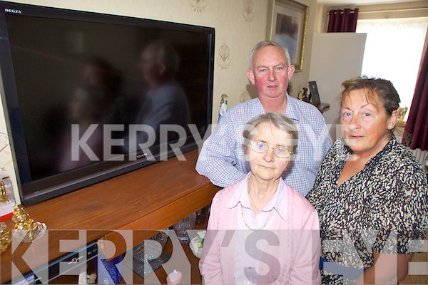 NO TELEVISION: Cloghane locals are very disappointed that they have been left with no television reception for the last three weeks. From l-r were: James Kildea, Mary Bhogal and Mary Keane.