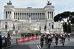 The peleton cruise around the neutralized Stage 21 of the 2018 Giro d'Italia, running 115km around the centre of Rome, Italy. 27th May 2018.<br /> Picture: LaPresse/Fabio Ferrari | Cyclefile<br /> <br /> <br /> All photos usage must carry mandatory copyright credit (&copy; Cyclefile | LaPresse/Fabio Ferrari)