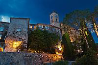 Europe/France/Provence-Alpes-Côte d'Azur/06/Alpes-Maritimes/Èze-Village:  Le village perché et 'église de style baroque