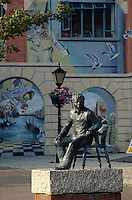 GroÃbritannien, Wales, Swansea, Dylan Thomas-Theater und Denkmal.Dylan Thomas theatre and monument