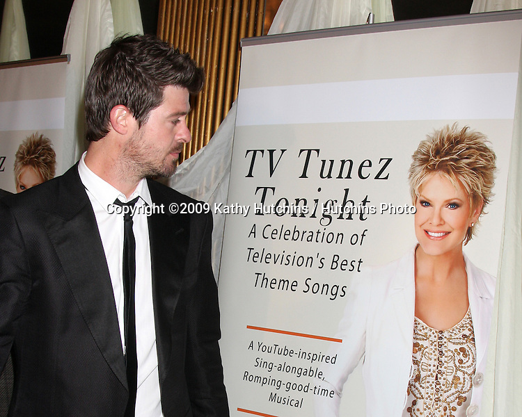 "Robin Thicke arriving at Gloria Loring's Show ""TV Tunez Tonight"" at the Henry Fonda Theater in Los Angeles, CA on  March 22,  2009 .©2009 Kathy Hutchins / Hutchins Photo...                ."