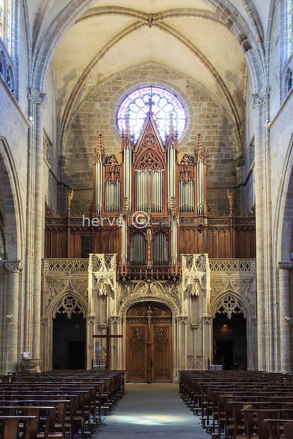 France, Loire (42), Montbrison, collégiale Notre-Dame-d'Espérance, nef et orgue // France, Loire, Montbrison, Notre Dame d'Esperance church