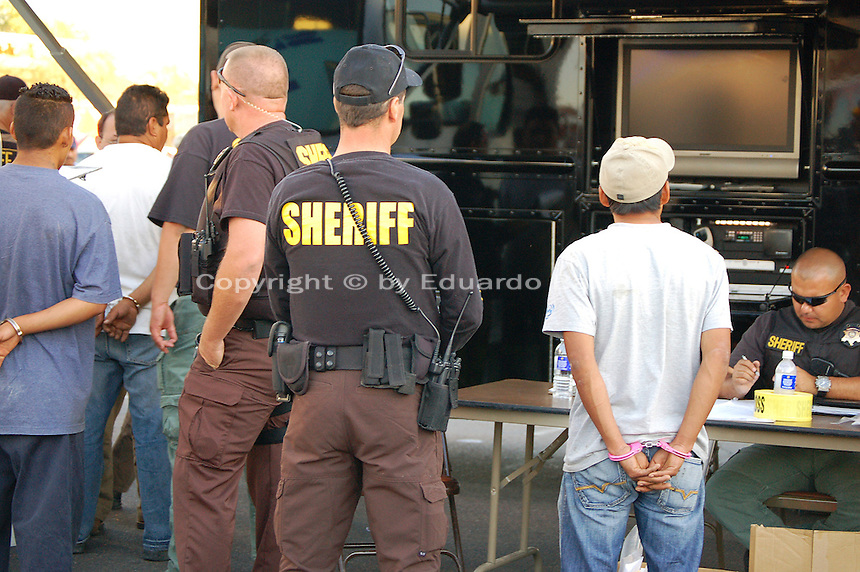 hispanic single men in maricopa county Phoenix – the population of hispanic prisoners has grown by 28 percent since 2004 in the jails of arizona's maricopa county, an increase resulting from the enforcement of state laws against .