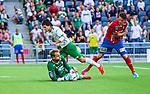Stockholm 2014-07-20 Fotboll Superettan Hammarby IF - &Ouml;sters IF :  <br /> Situationen n&auml;r Hammarbys spelare vill ha straff n&auml;r Hammarbys Lars Mendonca Fuhre faller i i kamp om bollen med &Ouml;sters m&aring;lvakt Alexander Nadj  och &Ouml;sterf&ouml;rsvarare<br /> (Foto: Kenta J&ouml;nsson) Nyckelord:  Superettan Tele2 Arena Hammarby HIF Bajen &Ouml;ster &Ouml;IF