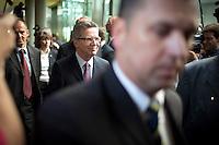 Verteidigungsminister Thomas de Maiziere (CDU) kommt am Mittwoch (05.06.13) in Berlin zum Verteidigungsausschuss des Bundestages , um Auskunft &uuml;ber das Projekt Euro Hawk zu geben.<br /> Foto: Axel Schmidt/CommonLens