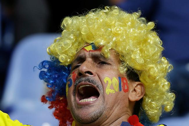Un hincha de Colombia antes del comienzo del partido contra Peru  en el Estadio Metropolitano Roberto Melendez de Barranquilla el  8 de octubre de 2015.<br /> <br /> Foto: Archivolatino<br /> <br /> COPYRIGHT: Archivolatino<br /> Prohibido su uso sin autorización.