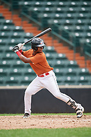 Kenny Baez (8) at bat during the Dominican Prospect League Elite Underclass International Series, powered by Baseball Factory, on July 21, 2018 at Schaumburg Boomers Stadium in Schaumburg, Illinois.  (Mike Janes/Four Seam Images)
