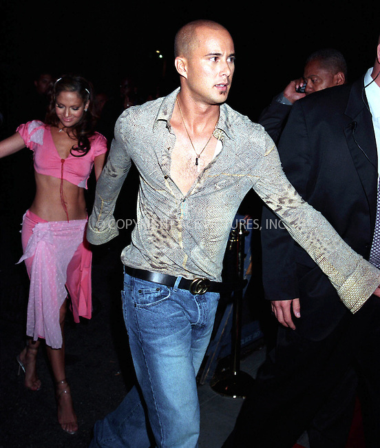 *WORLD RIGHTS*.J Lo and Chris Judd at the J Lo MTV after.party held at the Man Ray in New York, USA..6 September2001   Ref: AJ1115.Please Byline AJ Sokalner/Big Pictures USA