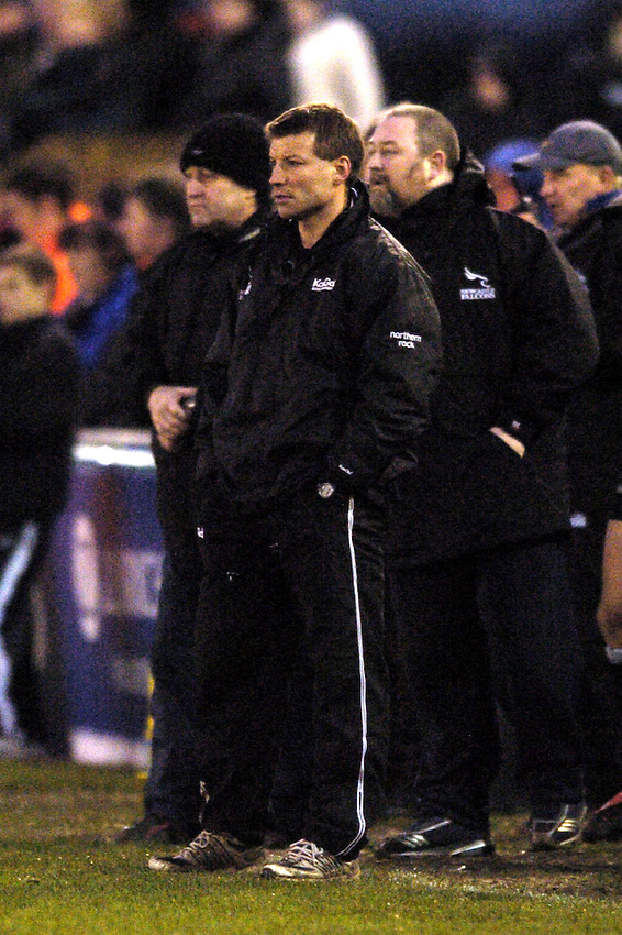 Photo. Jed Wee..Newcastle Falcons v Northampton Saints, Zurich Premiership, 28/11/2004..Newcastle Director of Rugby Rob Andrew.