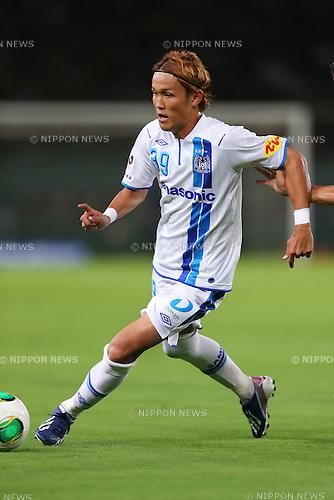 Takashi Usami (Gamba), <br /> July 27, 2013 - Football / Soccer : <br /> 2013 J.LEAGUE Division 2, 26th Sec <br /> match between Tokyo Verdy 3-3 Gamba Osaka <br /> at Ajinomoto Stadium Hiratsuka, Kanagawa, Japan. <br /> (Photo by Daiju Kitamura/AFLO SPORT) [1045]