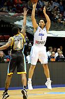GRONINGEN - Basketbal, Donar - Den Helder Suns, Martiniplaza, Dutch Basketbal League,  seizoen 2018-2019, 27-11-2018,  Donar speler Sean Cunningham legt aan voor driepunter