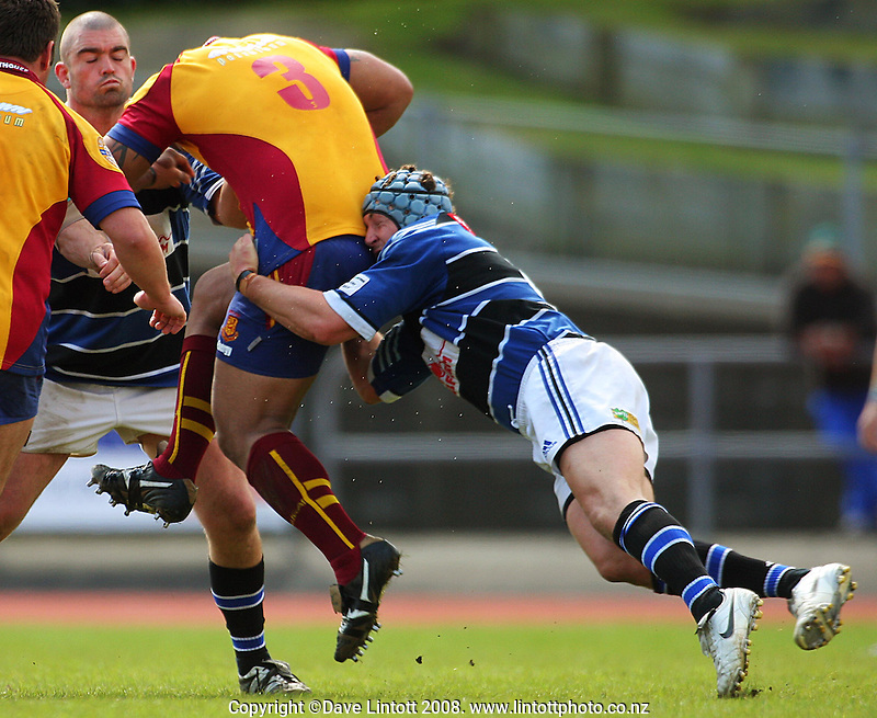 Action from the AA Rewards Heartland Championship rugby match between Wanganui and North Otago at Cooks Gardens, Wanganui on Saturday, 11 October 2008. Photo: Dave Lintott / lintottphoto.co.nz