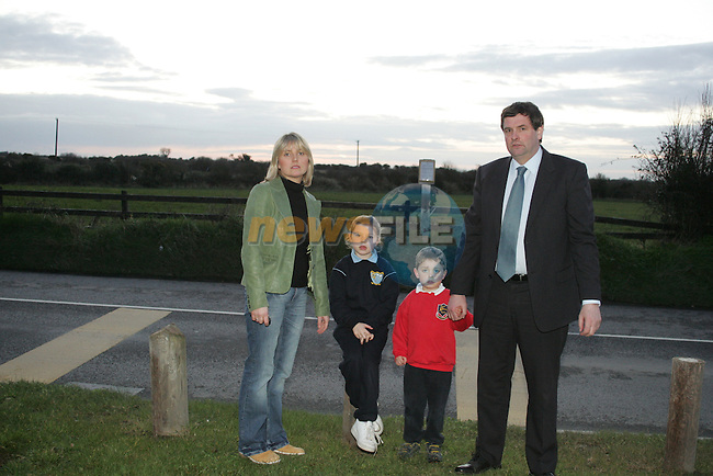 Shane McEntee, TD with Sharon Tolan and her children Lauren and Ross who are pupils in Scoil Olibheir Naofa pictured in front of the proposed site for the new Scoil Olibheir Naofa...Photo NEWSFILE/Jenny Matthews.(Photo credit should read Jenny Matthews/NEWSFILE)....This Picture has been sent you under the condtions enclosed by:.Newsfile Ltd..The Studio,.Millmount Abbey,.Drogheda,.Co Meath..Ireland..Tel: +353(0)41-9871240.Fax: +353(0)41-9871260.GSM: +353(0)86-2500958.email: pictures@newsfile.ie.www.newsfile.ie.FTP: 193.120.102.198.