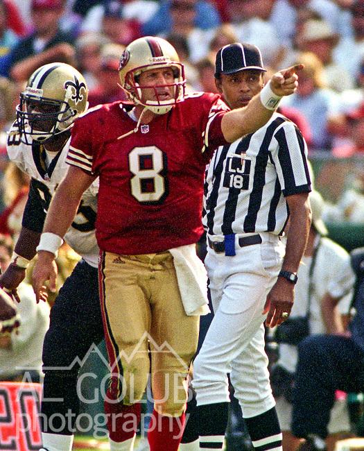 San Francisco 49ers vs. New Orleans Saints at Candlestick Park Sunday, September 19, 1999.  49ers beat Saints 28-21.  San Francisco 49ers quarterback Steve Young (8).