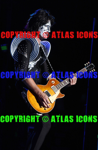 Tommy Thayer Guitarist Of, Kiss Performs Performs At Madison Square Garden, In New York City, On .November 17, 2003.Photo Credit: Eddie Malluk/Atlas Icons.com