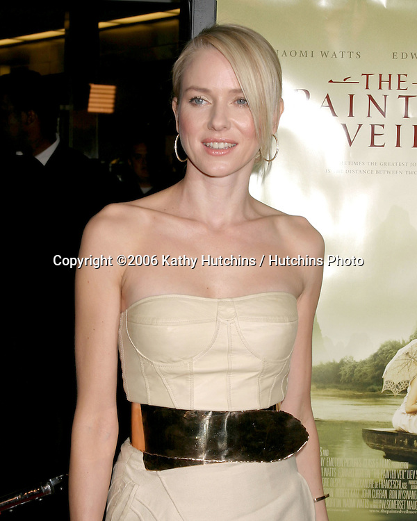 """Naomi Watts.Los Angeles Premiere of """"The Painted Veil"""".ArcLight Theater.Los Angeles, CA.December 13, 2006.©2006 Kathy Hutchins / Hutchins Photo."""
