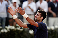 Il tennista serbo Novak Djokovic esulta dopo aver vinto un match nel corso degli Internazionali d'Italia di tennis a Roma, 18 maggio <br /> Serbian tennis player Novak Djokovic celebrates after winning a match during the italian Masters tennis in Rome, on May 18,2017.<br /> UPDATE IMAGES PRESS/Isabella Bonotto