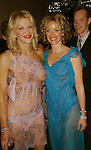 Courtney Love &amp; Lauren Holly<br />