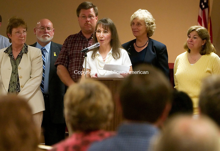 WATERBURY, CT- 23 JULY 2007- 072307JT06-<br /> Plymouth Mayor Jan Krampitz makes a speech at the end of the Republican caucus at Town Hall on Monday evening with fellow candidates Norman Tanguay, Steve Mindera, Dave Goodwin, Sue MacDonald and Sue Murawski behind her.<br /> Josalee Thrift / Republican-American