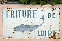 Europe/France/Pays de la Loire/49/Maine-et-Loire/Bouchemaine:  Enseigne d'un restaurant proposant de la friture du fleuve
