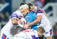 Picture by Allan McKenzie/SWpix.com - 09/02/2018 - Rugby League - Betfred Super League - Wakefield Trinity v Salford Red Devils - The Mobile Rocket Stadium, Wakefield, England - Junior Sa'u is tackled by David Fifita, Kyle Wood and Anthony England.