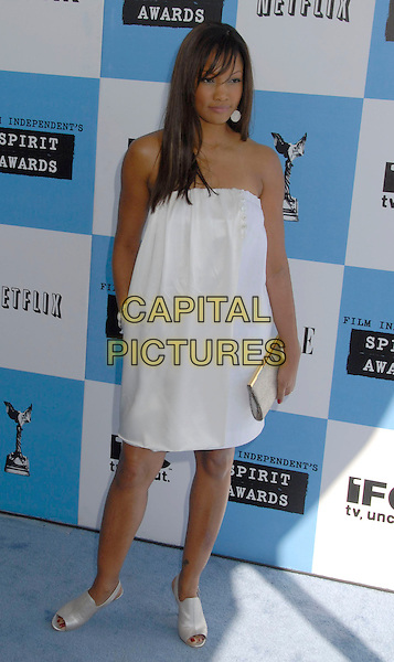 GARCELLE BEAUVAIS-NILON.The 2007 Independent Spirit Awards held at the Santa Monica Pier, Santa Monica, California, USA..February 24th, 2007.full length white dress strapless silver clutch purse beauvais nilon .CAP/ADM/GB.©Gary Boas/AdMedia/Capital Pictures