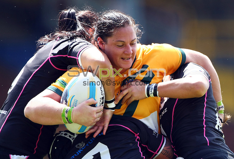 PICTURE BY VAUGHN RIDLEY/SWPIX.COM - Rugby League - Festival of World Cups, Women's Final - Australia Women v New Zealand Women - Headingley, Leeds, England - 14/07/13 - Australia's Stephanie Hancock.