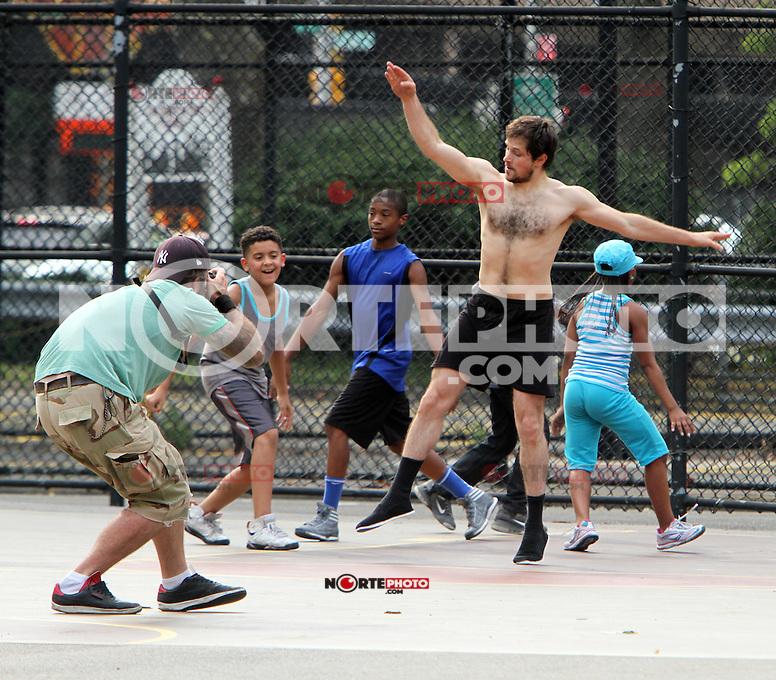 July 03, 2012  Stripper shooting on location for new movie for Very Good Girls in New York City.Credit:&copy; RW/MediaPunch Inc. *NORTEPHOTO*<br /> **SOLO*VENTA*EN*MEXICO**<br /> **CREDITO*OBLIGATORIO** <br /> **No*Venta*A*Terceros**<br /> **No*Sale*So*third**<br /> *** No*Se*Permite*Hacer*Archivo**<br /> **No*Sale*So*third**