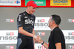 Former multiple Champion Miguel Indur&aacute;in (ESP) shakes hands with stage winner Chris Froome (GBR) Team Sky at the end of Stage 16 of the 2017 La Vuelta, an individual time trial running 40.2km from Circuito de Navarra to Logro&ntilde;o, Spain. 5th September 2017.<br /> Picture: Unipublic/&copy;photogomezsport | Cyclefile<br /> <br /> <br /> All photos usage must carry mandatory copyright credit (&copy; Cyclefile | Unipublic/&copy;photogomezsport)