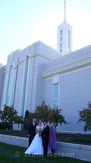 caleb ovard wedding at LDS Temple, timpanogos. Gary Ovard, Trudy Ovard, Caleb Ovard