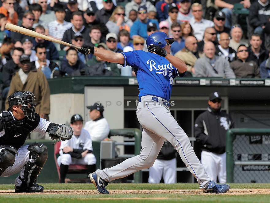 MARK TEAHAN, of the Kansas CIty Royals, in action  during the Royals  game against the Chicago White Sox  on April 8, 2009 in Chicago, IL.  The Royals  beat  the White Sox  2-0 in Chicago,