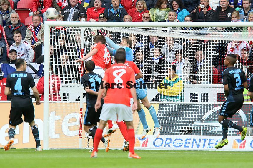Rene Adler (HSV) gegen Stefan Bell (Mainz) - 1. FSV Mainz 05 vs. Hamburger SV, Coface Arena, 34. Spieltag