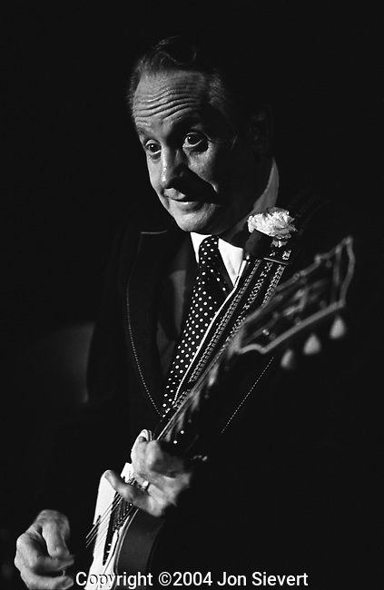 Les Paul, Nov 20, 1976, Old Waldorf, San Francisco
