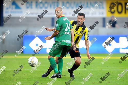 2014-07-26 / Voetbal / seizoen 2014-2015 / SK Lierse - KV Oostende / Jimmy Hempte (l. Oostende) met Rachid Bourabia<br /><br />Foto: mpics.be