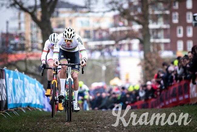eventual winner Mathieu Van der Poel (NED/Alpecin Fenix) and Toon Aerts (BEL/Trek Baloise Lions)<br /> <br /> Men Elite Race<br /> UCI Cyclocross Worldcup – Hoogerheide (Netherlands)<br /> <br /> ©kramon