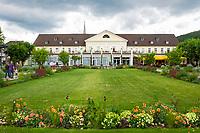 Deutschland, Rheinland-Pfalz, Deutsche Weinstrasse, Bad Duerkheim: Kurhaus mit der Spielbank und dem 4-Sterne Kurpark-Hotel | Germany, Rhineland-Palatinate, German Wine Route, Bad Duerkheim: Spa Building with Casino and 4-stars Kurpark-Hotel