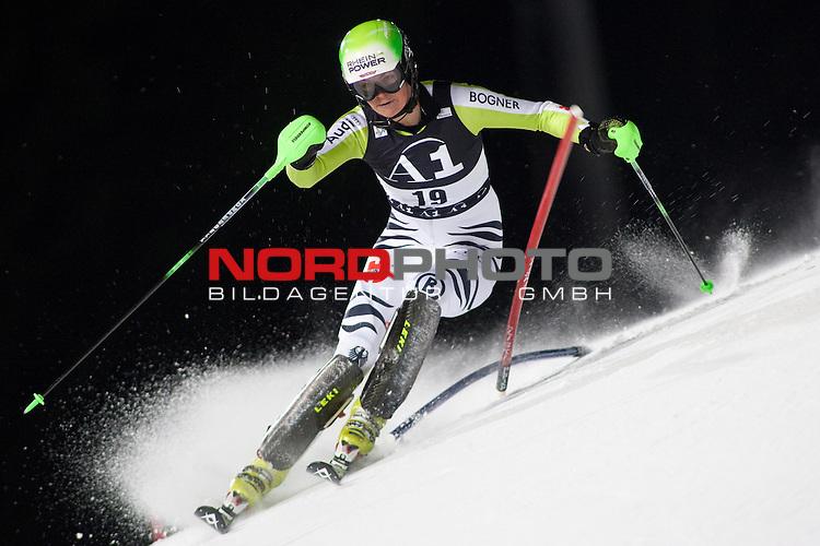 FLACHAU AUSTRIA. 11-01-2011. Fanny Chmelar (GER) competing in the FIS Ladies Alpine World Cup Night Slalom race in Flachau Austria.                                                                                                        Foto nph /  Mitchell Gunn