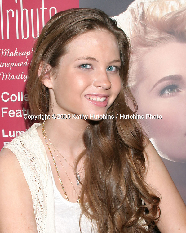 Daveigh Chase.GBK Productions Emmy Gifting Lounge.Sofitel Hotel.August 24, 2006.©2006 Kathy Hutchins / Hutchins Photo....                 .