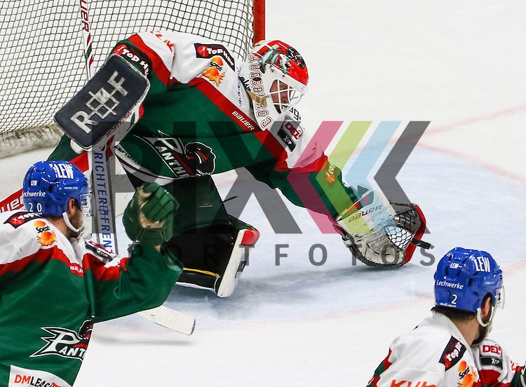 Markus Keller (Torwart Augsburger Panther #35) faengt die Scheibe, <br /> <br /> Eishockey, DEL, Augsburger Panther vs. EHC RB M&uuml;nchen, 49. Spieltag, Saison 2014/15, 20.02.2015,<br /> <br /> Foto &copy; P-I-X.org *** Foto ist honorarpflichtig! *** Auf Anfrage in hoeherer Qualitaet/Aufloesung. Belegexemplar erbeten. Veroeffentlichung ausschliesslich fuer journalistisch-publizistische Zwecke. For editorial use only.