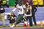 010313-- Oregon Ducks running back Kenjon Barner scores a touchdown in the first half against  Kansas State Wildcats in the first half of the Fiesta Bowl..Photo by Jaime Valdez