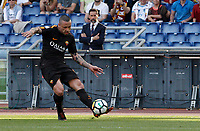 Roma s Radja Nainggolan kicks the ball during the Italian Serie A football match between Roma and Chievo Verona at Rome's Olympic stadium, 28 April 2018.<br /> UPDATE IMAGES PRESS/Riccardo De Luca