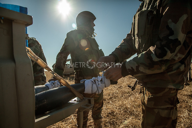 12/11/2015-- Iraq,Sinjar -- peshmarga fighters are getting ready to face the ISIS fighters.